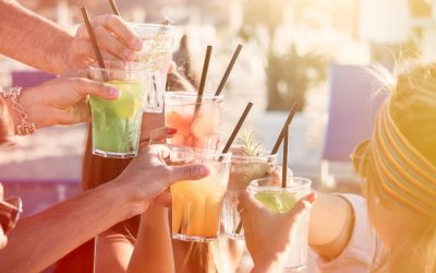 Cele mai bune rețete de cocktailuri și alte băuturi cu apa carbogazoasa