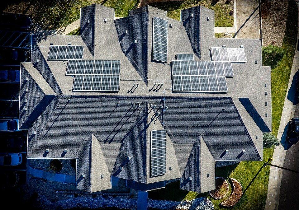 5 lucruri importante de stiut despre sistemele de panouri fotovoltaice