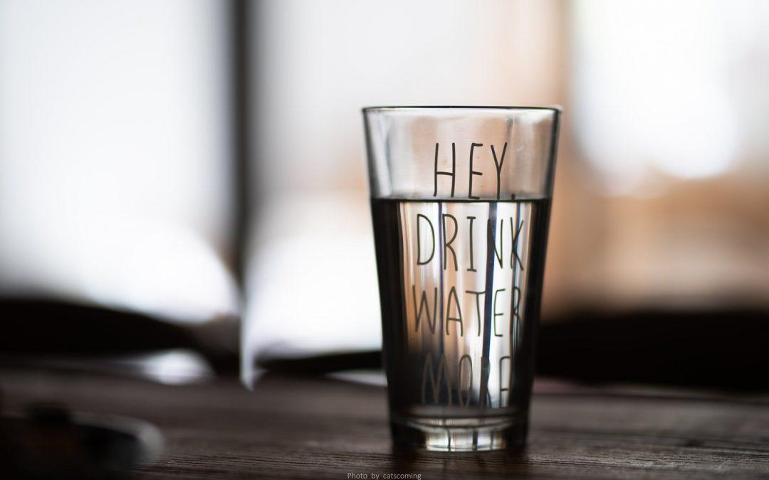 7 motive pentru care ai nevoie de un dozator de apa in locuinta